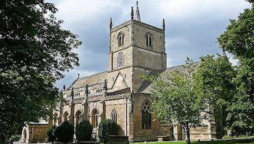 Knaresborough_St_John_the_Baptist.jpg